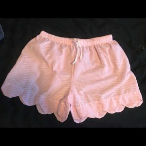 Pants - Pink scalloped shorts